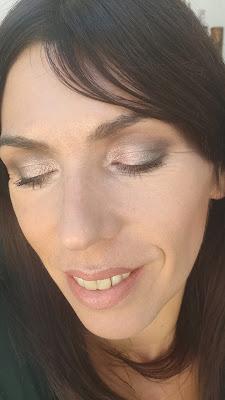 Maquillajes GLAM versión low cost: TOPO 05