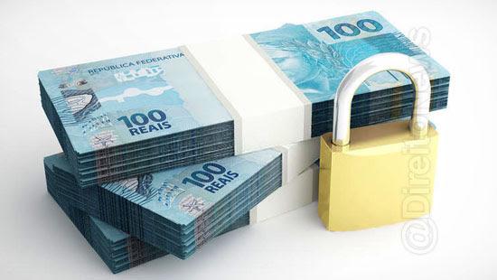 banco condenado indenizar cliente retencao salario