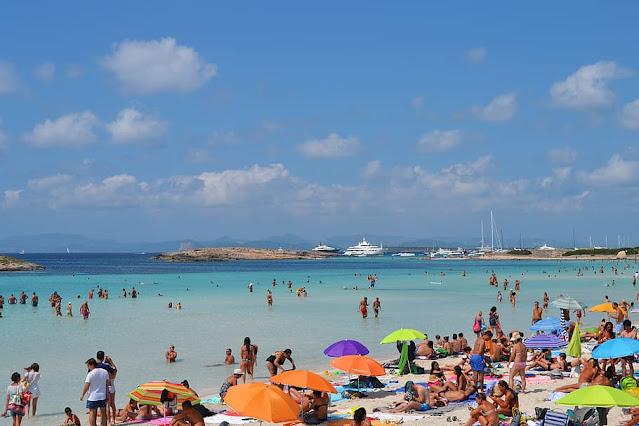 Coronavirus: Huge Criticism over the Re-imposed Quarantine Rules of Spain
