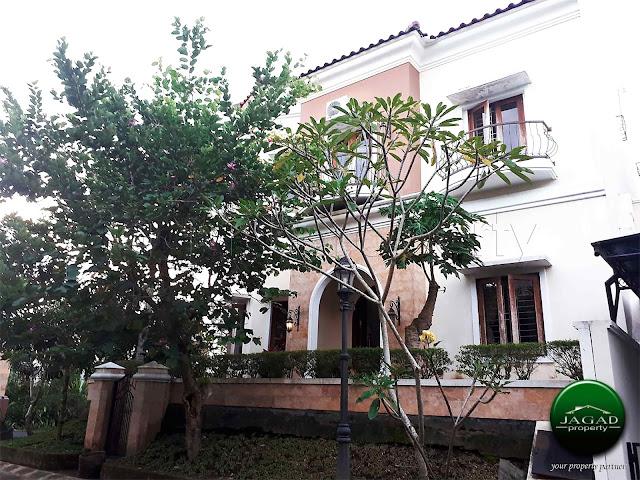 Rumah Mewah dalam Perumahan Elite di Jogja Utara