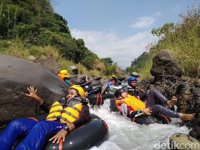 River Tubing Selo Malang