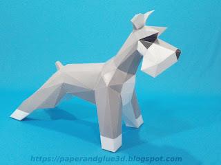 Modelo de papel de perro Schnauser armado a colores