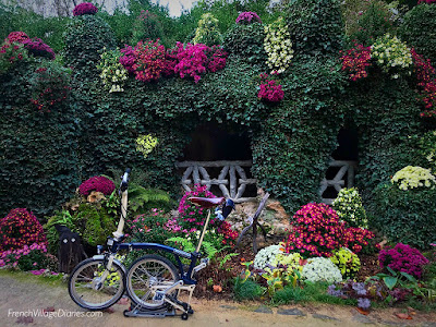 French Village Diaries Poitiers Insolite Parc de Blossac Toussaint