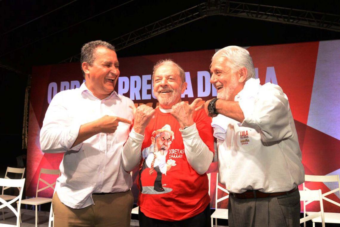 """Wagner & Lula & Você""""  O Partido dos Trabalhadores lançou nesta quarta-feira (14) uma nova campanha de filiação na Bahia. Com o tema Rui & Wagner & Lula & Você a campanha é um convit"""