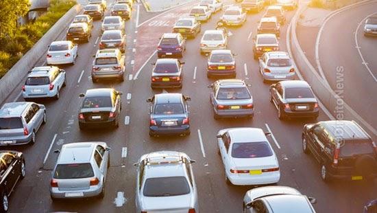 lei transito recompensar financeiramente bons motoristas