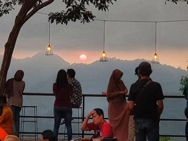 Menu dan Lokasi Coffee Angkasa Bukit Pule Payung Kulon Progo Jogja