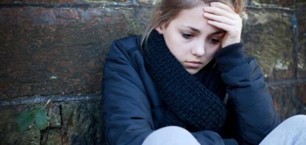 16 علامة توضح هل انت مصاب بالإكتئاب أم لا ... تعرف عليها