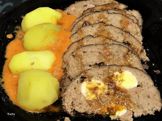 Rollo De Carne Picada En Salsa Ii