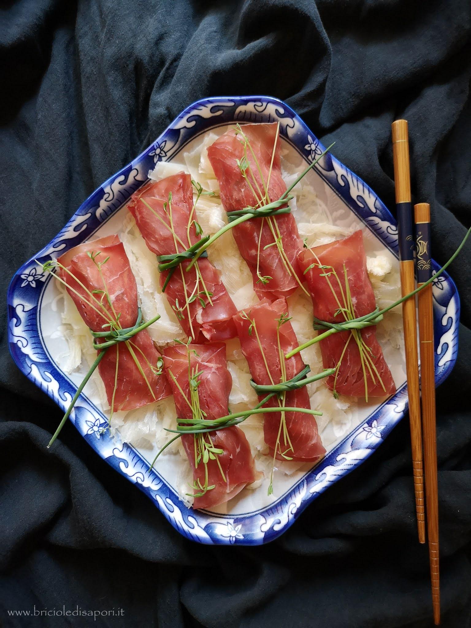 rotolini di bresaola con zucchine e robiola e aceto balsamico tradizionale