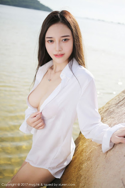 Hot and sexy big boobs photos of beautiful busty asian hottie chick Chinese booty model Tang Qi Er photo highlights on Pinays Finest sexy nude photo collection site.