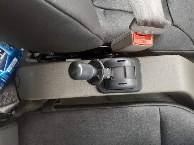 Phanh tay khí nén xe IZ500L