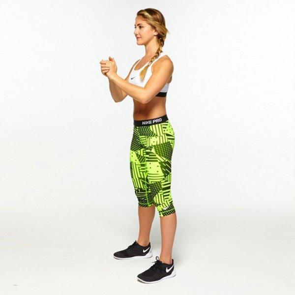 Bài tập squat mông Glute Kickback – Squat đá chân sau