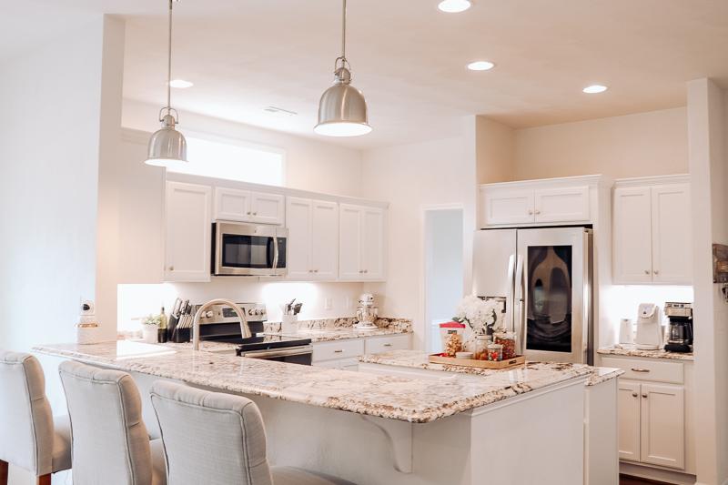 all white kitchen