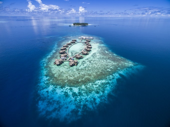 THIS MALDIVIAN HOTEL