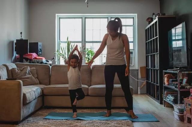 Vrikshasana-Tree-Pose-Benefits-doing-baby
