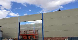 cerramiento fachada nave con placa alveolar