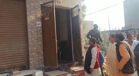 वृन्दावन : बीती रात गौधुलीपुरम में अज्ञात चोर लाखों के माल पर कर गये हाथ साफ