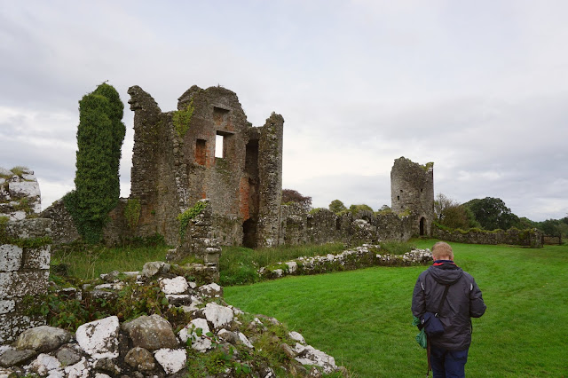 Crom, old castle ruins - A Stubborn Optimist - an ecotherapy blog - Carrie Gault 2019