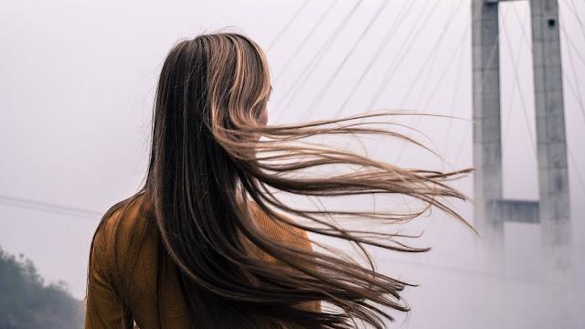 Μακριά Μαλλιά Τώρα!