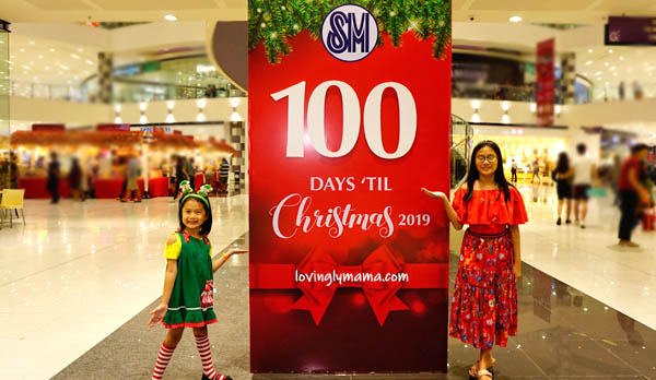 kids - daughters -sisters - Bacolod mommy blogger - Christmas colors - red and green - 100 Days Christmas Countdown - SM City Bacolod - carols - Santa's elves