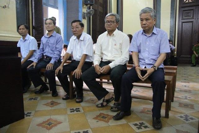 Ông Đặng Thanh Bình và 4 đồng phạm tại phiên xử