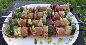 Shish Kabobs: Chicken, Peppers, Onions