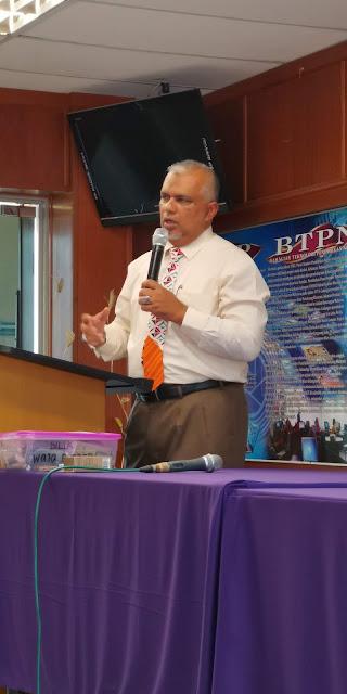 Pengarah BSTP iaitu Tuan Haji Shafruddin Ali Hussin