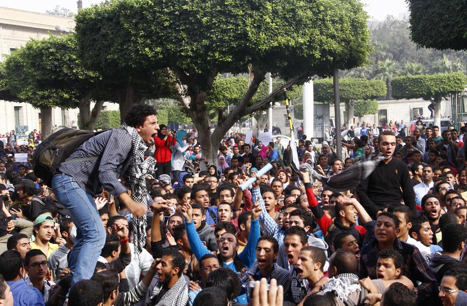 Sejumlah Dosen Anggota IM Dipecat, Ini Komentar Akademisi Mesir
