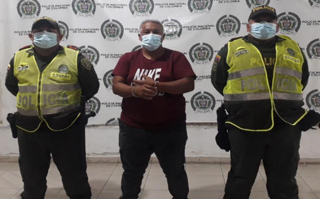 https://www.notasrosas.com/Aprehendido por agredir a un Agente de la Policía Nacional, en Valledupar
