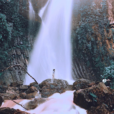 Air terjun lembah pelangi di Ulu Belu