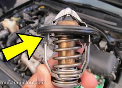 أضرار إزالة بلف الحرارة الثرموستات على المحرك في الصيف
