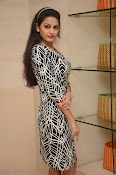 actress swetha jadhav new glam pix-thumbnail-20