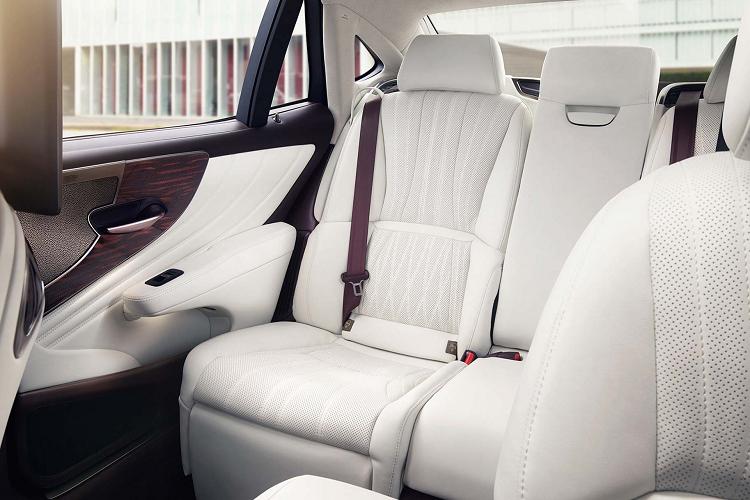 Lexus sẽ hồi sinh phiên bản xe sang LS600h với động cơ V8