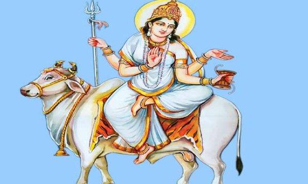 SHARADIYA NAVATRI 2021 शारदीय नवरात्रि में करें इन 9 में से कोई एक पाठ तो माता होंगी प्रसन्न