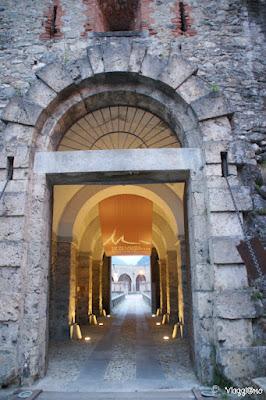 L'ingresso dello spazio espositivo al Forte Albertino di Vinadio