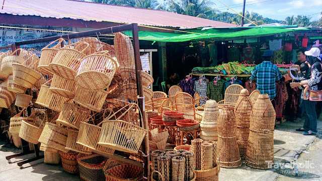 The Serikin Sunday Market, which began in 1992, has attracted a steady flow of customers, locals and tourists came as far as West Malaysia and Brunei.