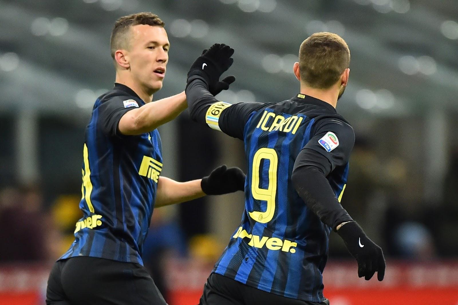 Internaziole ganhou suas últimas seis partidas e briga por vaga nas quartas de final da Copa da Itália (Foto: Giuseppe Cacace/AFP)