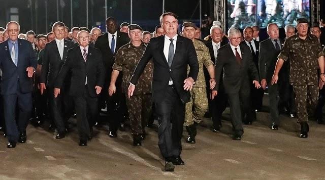 Exército gasta R$ 3 milhões em evento com Bolsonaro