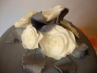 Detalle rosas y hojas