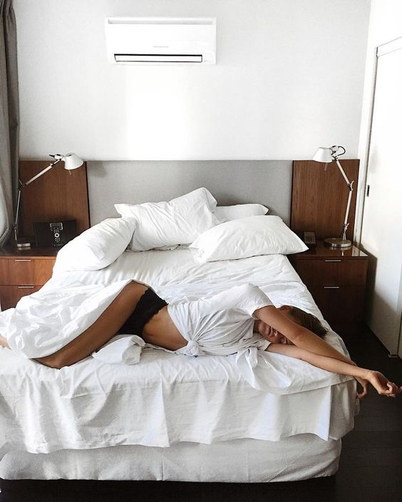 poses na cama