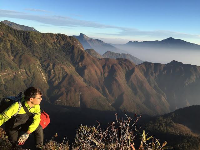 Conquer 3,000m Bach Moc Luong Tu Mount 4