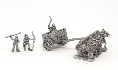 PER17 Scythed chariot with crew and driver (2)