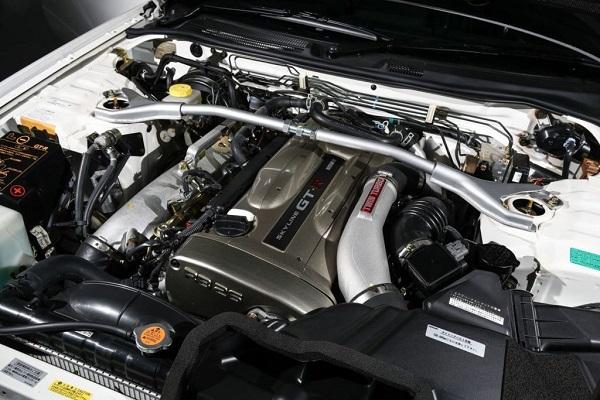 Nissan Skyline GT-R R34 V-Spec II Nür