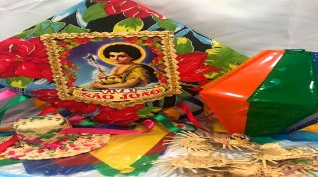 População ignora proibição de Hagge e celebra chegada do São João com fogos e muita fé