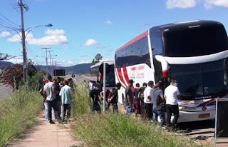 Ônibus apreendidos em Brumado
