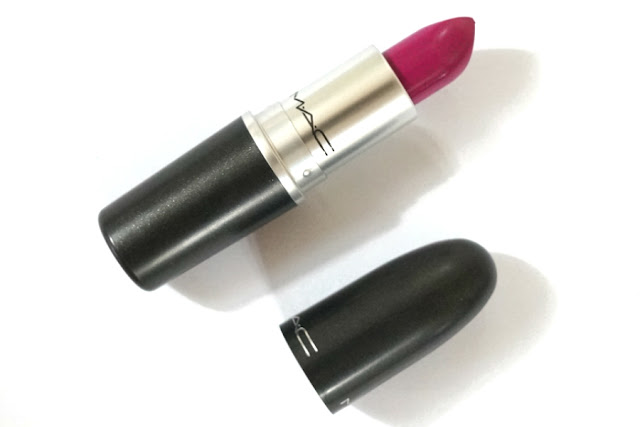 MAC Lipstick in Flat Out Fabulous