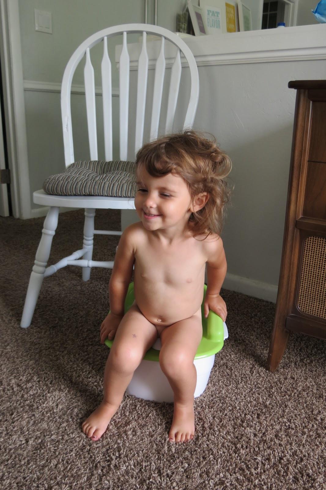 little girl squat pee