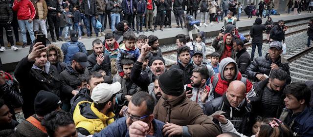Handelsblatt: «Η Ελλάδα δεν τα βγάζει πέρα με όλους αυτούς που ζητούν άσυλο»