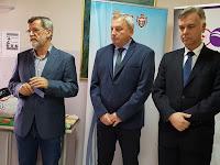 http://www.advertiser-serbia.com/u-akciji-zajedno-za-bebe-doniran-inkubator-porodilistu-u-pancevu/