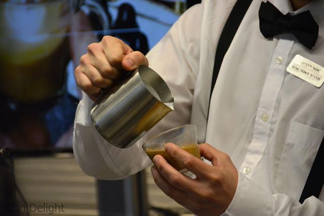 איך לצייר בקפה לאטה ארט Latte art